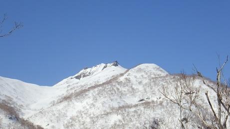 増毛山地の群別岳と奥徳富山